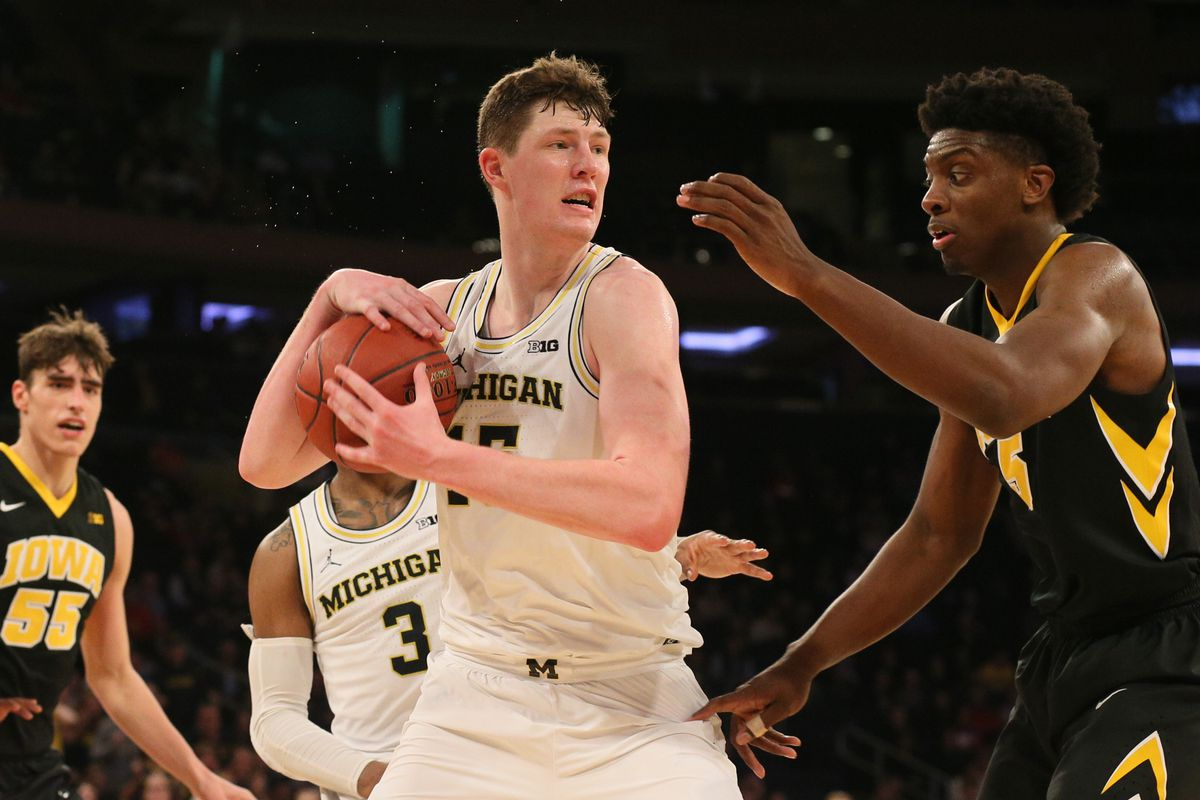Iowa Hawkeyes vs. Michigan Wolverines Odds Pick & Preview 12/06/19