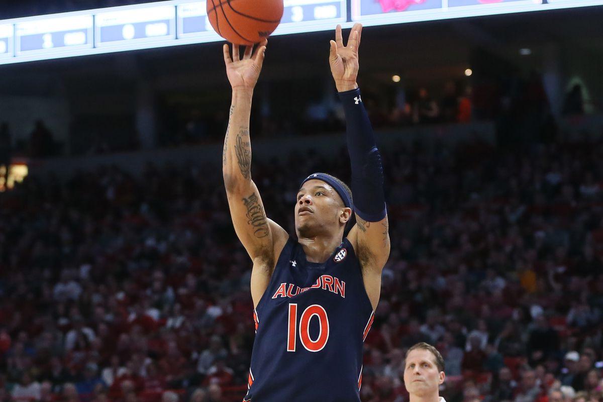 #18 LSU Tigers at #11 Auburn Tigers – SEC Basketball Odds, Preview & Pick