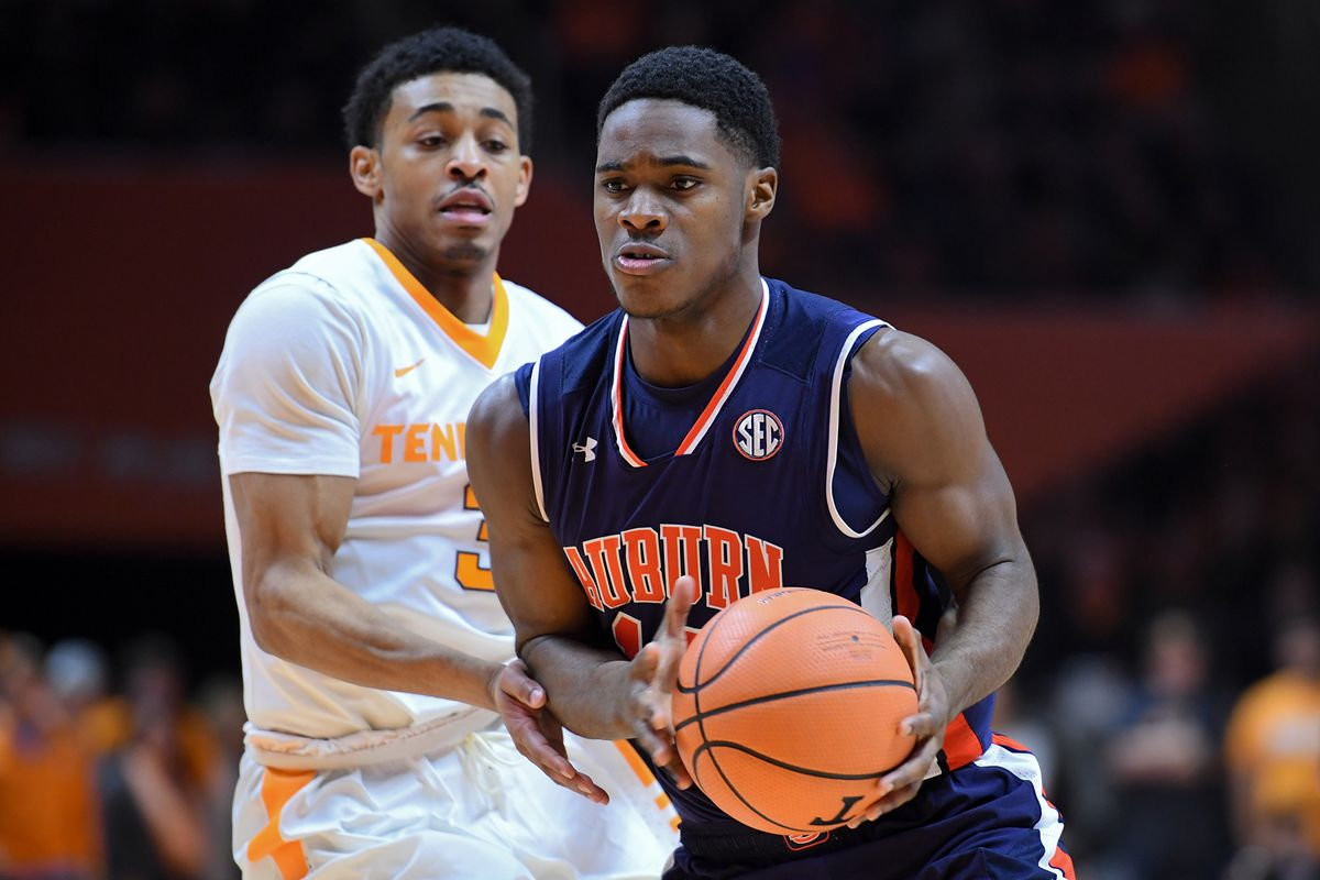 Tennessee Volunteers at Auburn Tigers